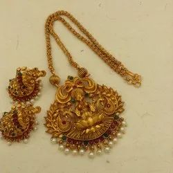 Matte Finish Traditional Temple Jewellery Set - Dno9