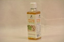 Moringa Oleifera Cold Pressed Seed Oil, Packaging: Plastic Bottle