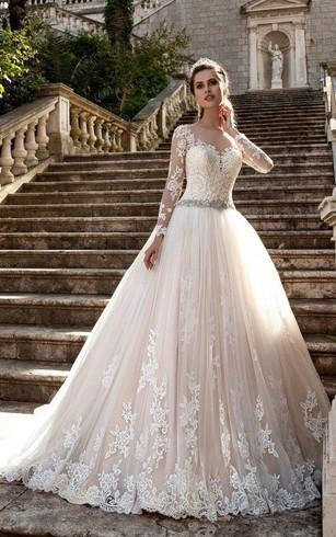 847a129c7d0 Lace And Tulle Christian Wedding Gown