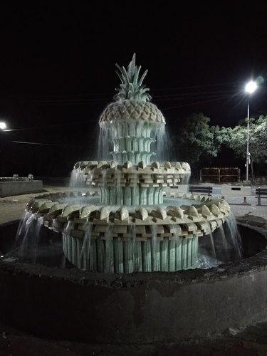 Excellent Sculpture Pineapple Fountain Manufacturer From Surat Caraccident5 Cool Chair Designs And Ideas Caraccident5Info