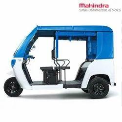 Blue and White Mahindra Treo Yaari - SFT Electric Rickshaw
