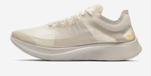 respuesta préstamo Tormento  Nike Zoom Fly SP Shoes at Rs 1900/box | Nike के स्पोर्ट शूज - M/S SHIV  SHAKTI FOOTWEAR, Siliguri | ID: 21037493591