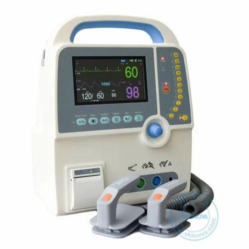 Defibrillator Equipment - Efficia DFM100 Defibrillator