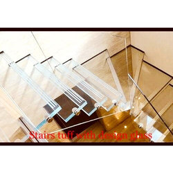 Stairs Tuff With Design Glass