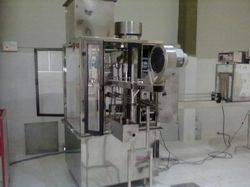 Water Bottle Filling and Capping Machine