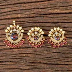 Gold Plated Kundan Peacock Pendant Set 300286