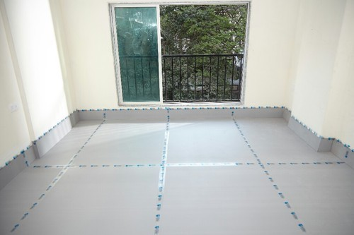 White Polypropylene Floor Protection Sheet Rs 7 Square