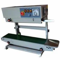 Vertical Conveyor Sealing Machine