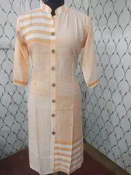 Casual Wear 3/4th Sleeve Ladies Rayon Kurti, Machine wash