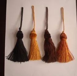 CUSHION TASSEL