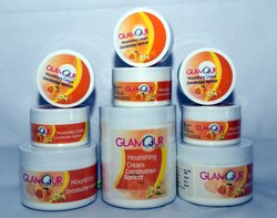 Glamour Cocobutter-Apricot Nourshing Cream
