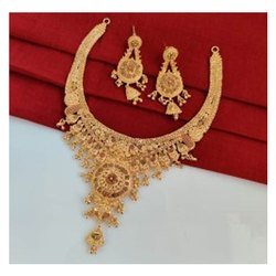 Brass Golden Ladies Imitation Necklace Set, Occasion: Anniversary