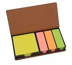 Sticky Notes Set Pad In Wooden Case, Total 450 Notes Bk412