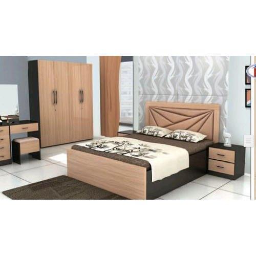 Shree Modern Wooden Bedroom Furniture
