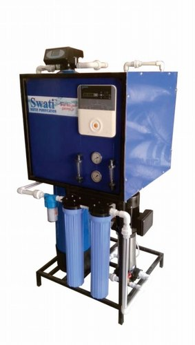Automatic FRP Reverse Osmosis Systems Auto Back Wash, 0-200 (Liter/Hour)