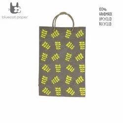 Linen Carry Bag (L) - yellow twig leaf print, jute rope handles