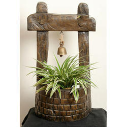PL022 Wall Hanging Wishing Well Planters