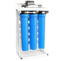 Electric Reverse Osmosis Water Purifier, Capacity: 14.1 L and Above