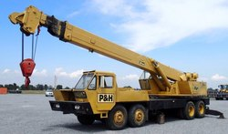 Yellow Truck Mounted Telescopic Hydraulic Truck Crane P&H T300 - 30Ton