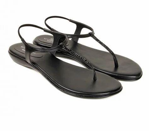1b5523f6cc511 Balujas Fiona Flats Black Sandal