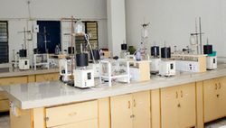 Pharmacy Laboratory Instrument