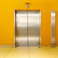 Automatic Elevator Door Lift for Office Building