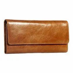Plain Ladies Leather Brown Clutch
