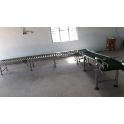 Inclined Roller Conveyor
