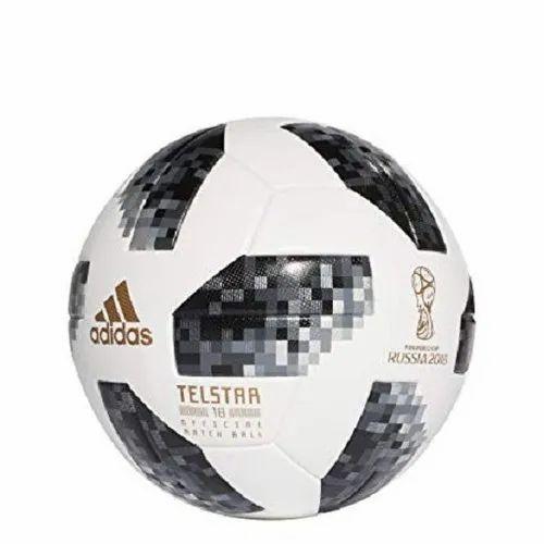 fuerte riesgo Deformar  White PVC Adidas Football, Rs 1000 /piece Vishwa Sports Company | ID:  21276043188