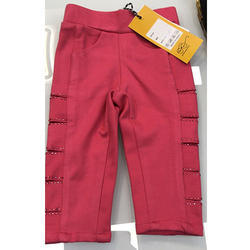 Girl's Lycra Cotton Red Stretchable Capri, Size: M