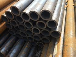 Black Seamless Steel Pipes