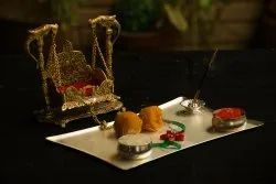 Metal Handcrafted Jhula For Laddu Gopal (Gold, 6.5 x 3 x 7 Inches)