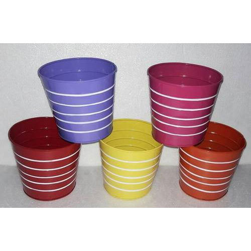 Round Metal Flower Pots