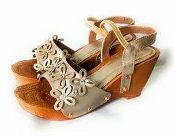 Silver Leather Women Footwear, Size: 5