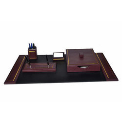 Brown,Black Burgundy Leather Desk Sets with Gold Tooled Line, For Office, Size: 34 X 20 Inch