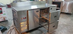 Table Top Chiller with drawers