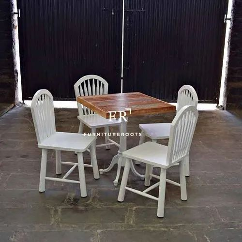 Cafe Chairs - Bistro Chairs - Restaurant Tables & Chairs - Designer Windsor Chairs