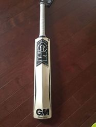 GM Kaha 404 English Willow Cricket Bat