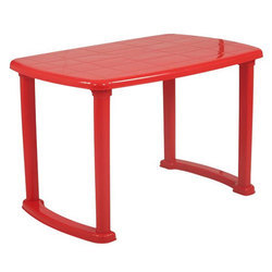 Plastic Dining Tables for Restaurant, Size: 4 x 2.5 feet