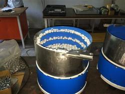 Vibratory Bowl Feeders for Plastic Part