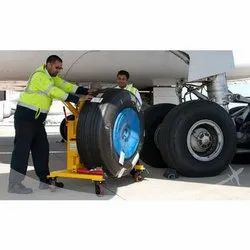 Aircraft Servicing Trolley