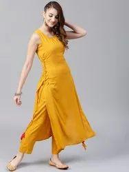 Straight Casual Wear Ladies Designer Rayon Kurti, Size:S,M,L,XL,XXL