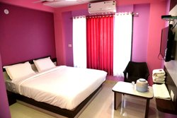 2 Bed AC Room Rental Services