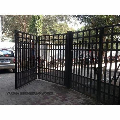 Bi Folding Gate At Rs 700 Square Feet Folding Gates