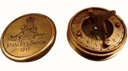 Tora Sundial Compass With Crown Cover