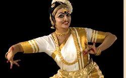 Mohiniyattam Dance Class Training Services