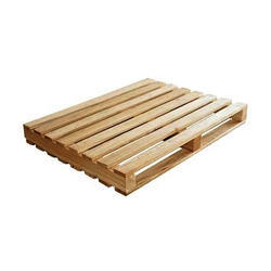 Two Way Entry Non Reversible Wings Type Wooden Pallet