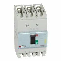 DPX3 160 MCCB 4P Breaking Capacity Icu 16 KA (400 V) 100A