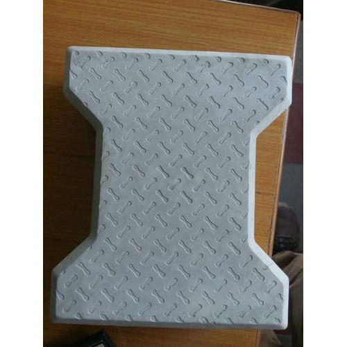 Grey Cement And Concrete ISI Interlocking Tiles, Size: 80