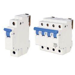 HPL Rakshak 440 V Mcb